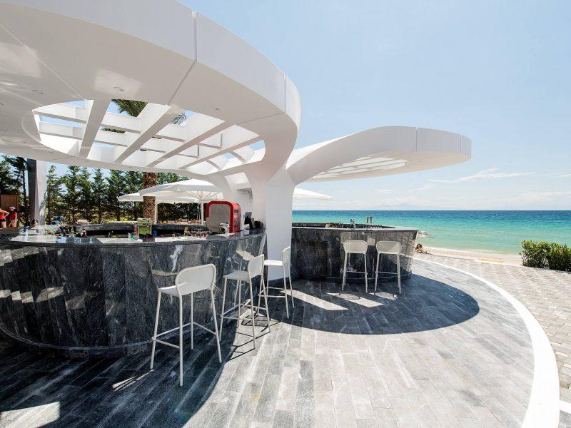 Beach-bar[1]
