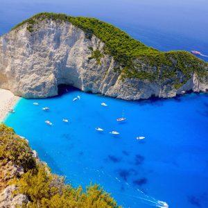 почивки остров закинтос